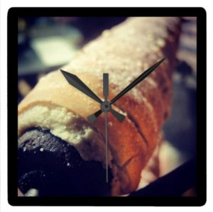 Travel Clever Prague - wall clock trdelnik